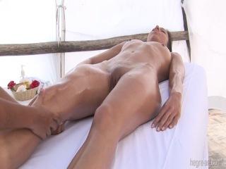 Очень чуткий массаж тёлки